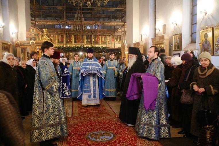 2008_02_03_Престольный праздник, Божественная литургия