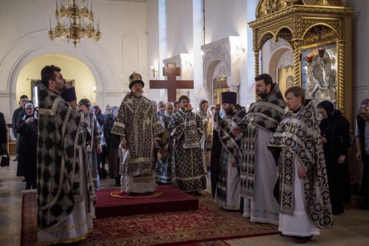 2014_04_14 Архиерейская Божественная литургия
