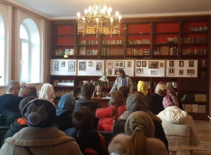 2014_11_02 Выставка в честь дня рождения Вел. кн. Елизаветы Федоровны Романовой