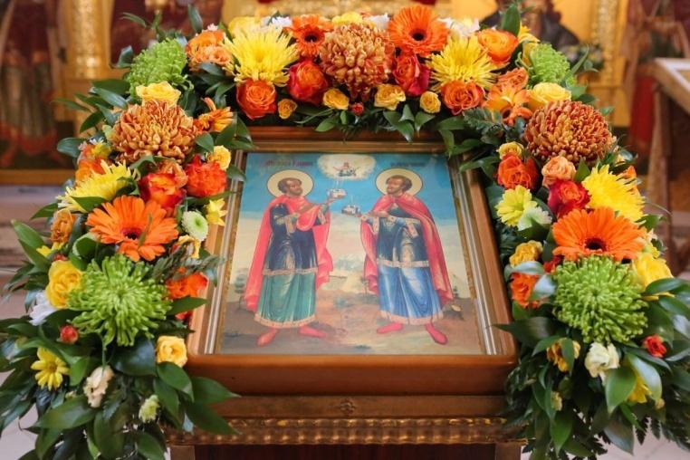 2017_11_14_Престол храма свв. Космы и Дамиана, Божественная литургия