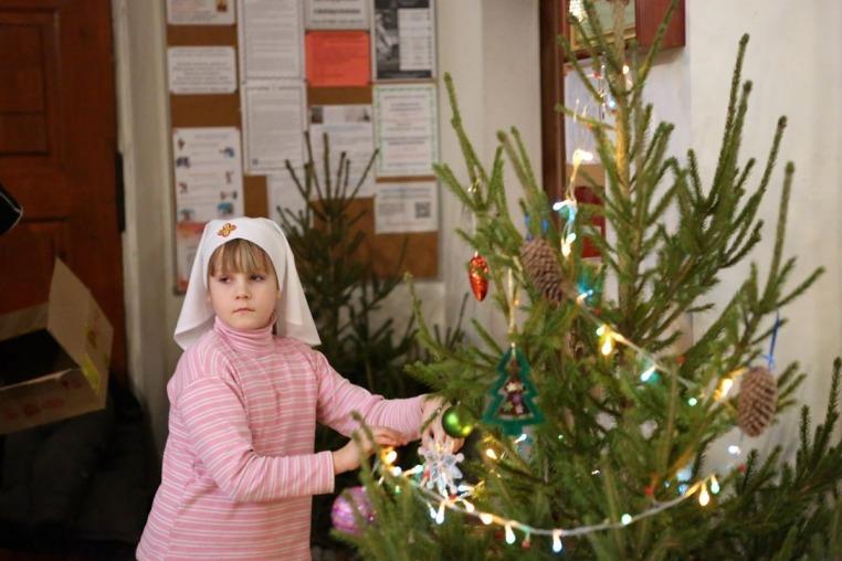 2018_01_03-04_Подготовка храма к Рождеству Христову