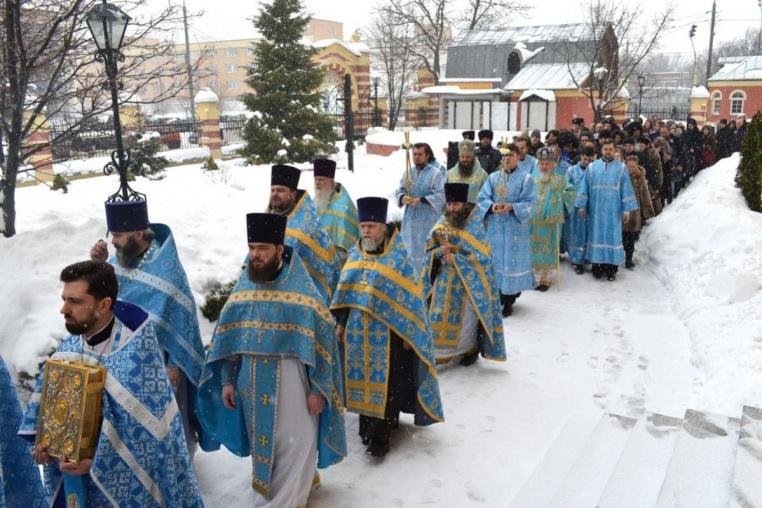 2018_02_03 Престольный праздник, крестный ход и народные гулянья