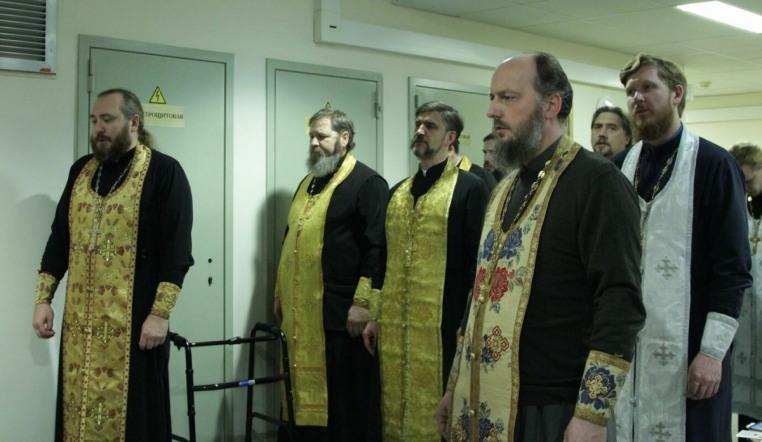 2019_11_08_Молебен в Боткинской больнице