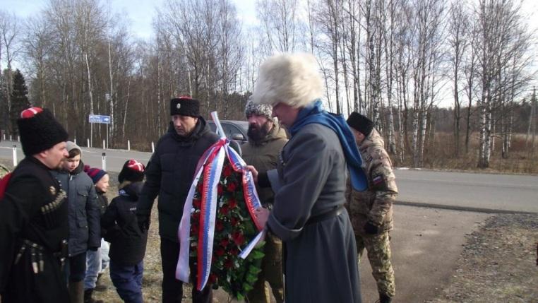 2019_11_22_Панихида на месте гибели воинов-казаков у деревни Федюково в 1941 году