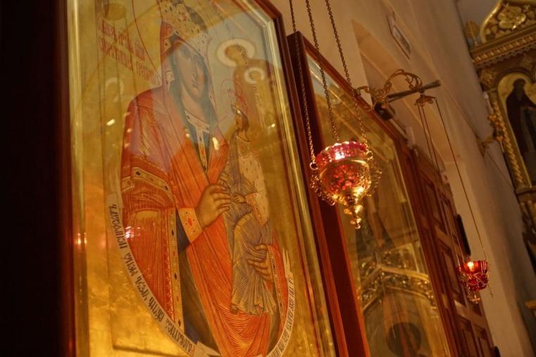 2020_01_01 Новогодняя ночная Божественная литургия
