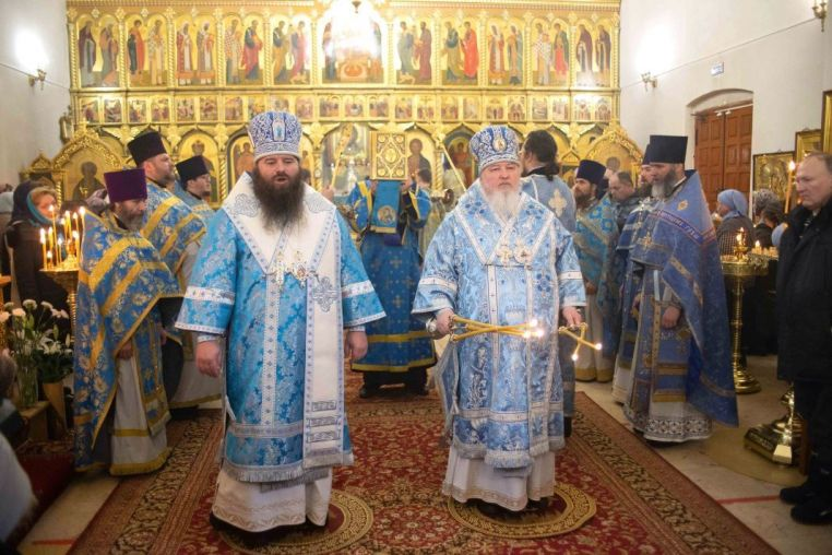 2021_02_03 Престольный праздник, Божественная литургия