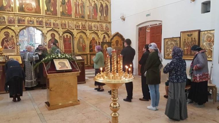 Великая Среда, литургия Преждеосвященных Даров 24 апреля 2019 года