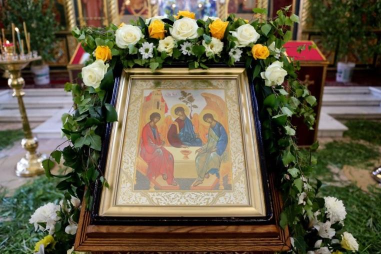 Всенощное бдение под праздник Святой Троицы 26 мая 2018 года